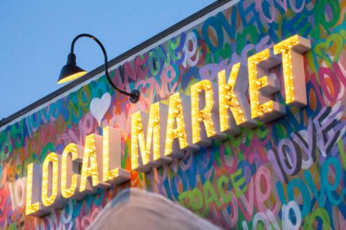 local-market-375